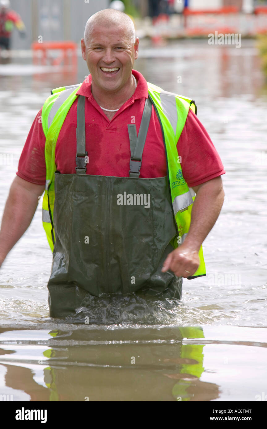 Wade Flood Water Rescue Stock Photos Amp Wade Flood Water Rescue Stock Images Alamy