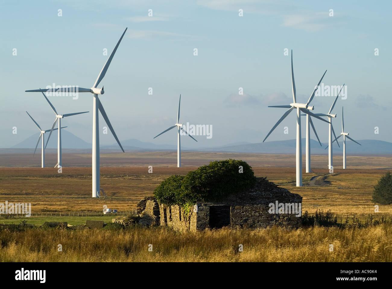 dh Causeymire Wind Farm NPOWER CAITHNESS Scottish Renewables energy RWE Turbine uk windfarm turbines windfarms flow country scotland renewable Stock Photo
