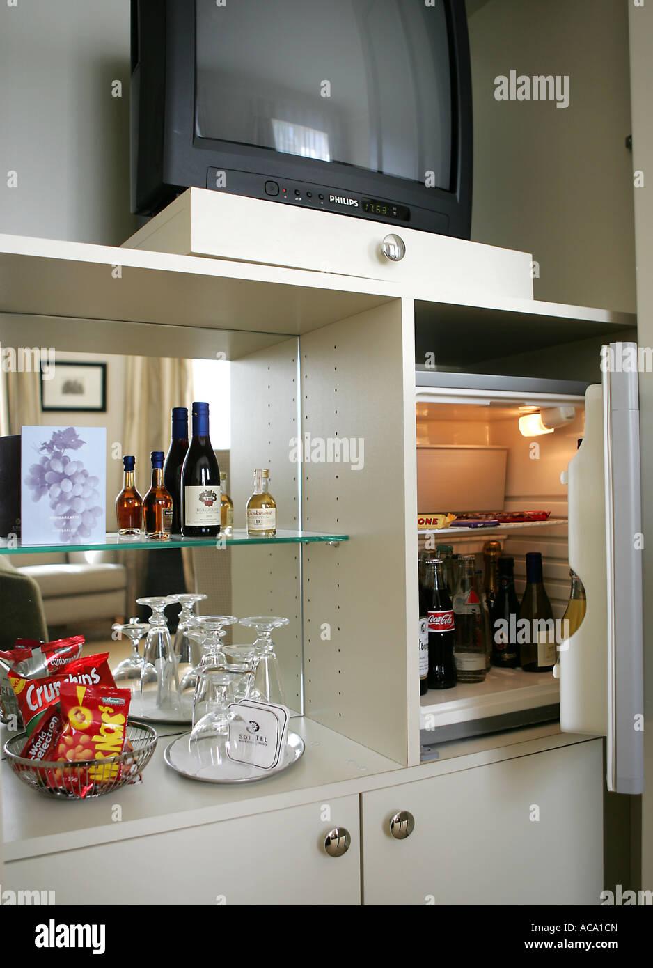 Hotel Minibar Stock Photos & Hotel Minibar Stock Images - Alamy