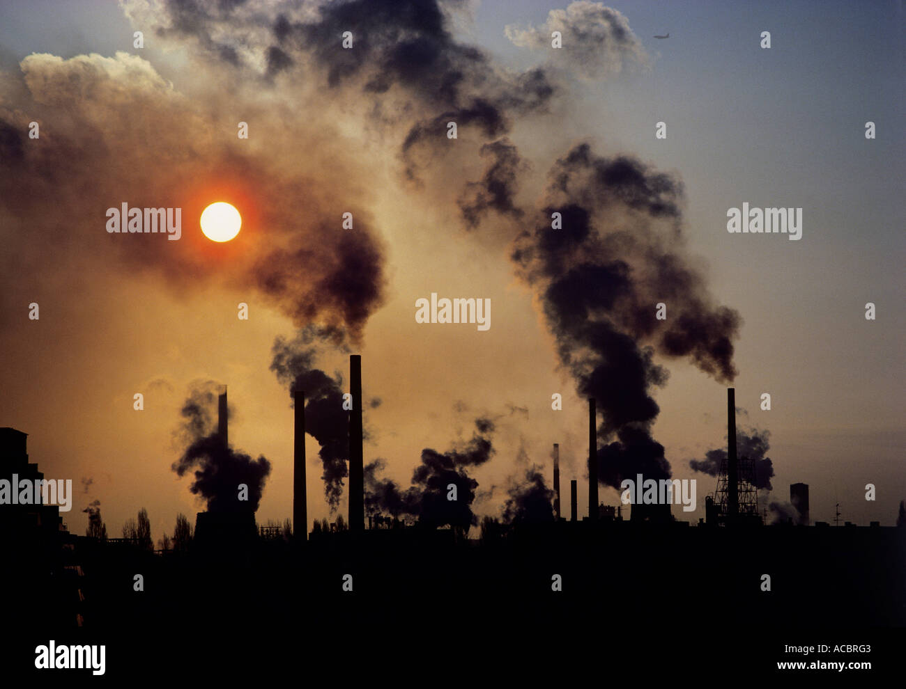 high level concentrations of toxic air and micro particles pollution - Stock Image