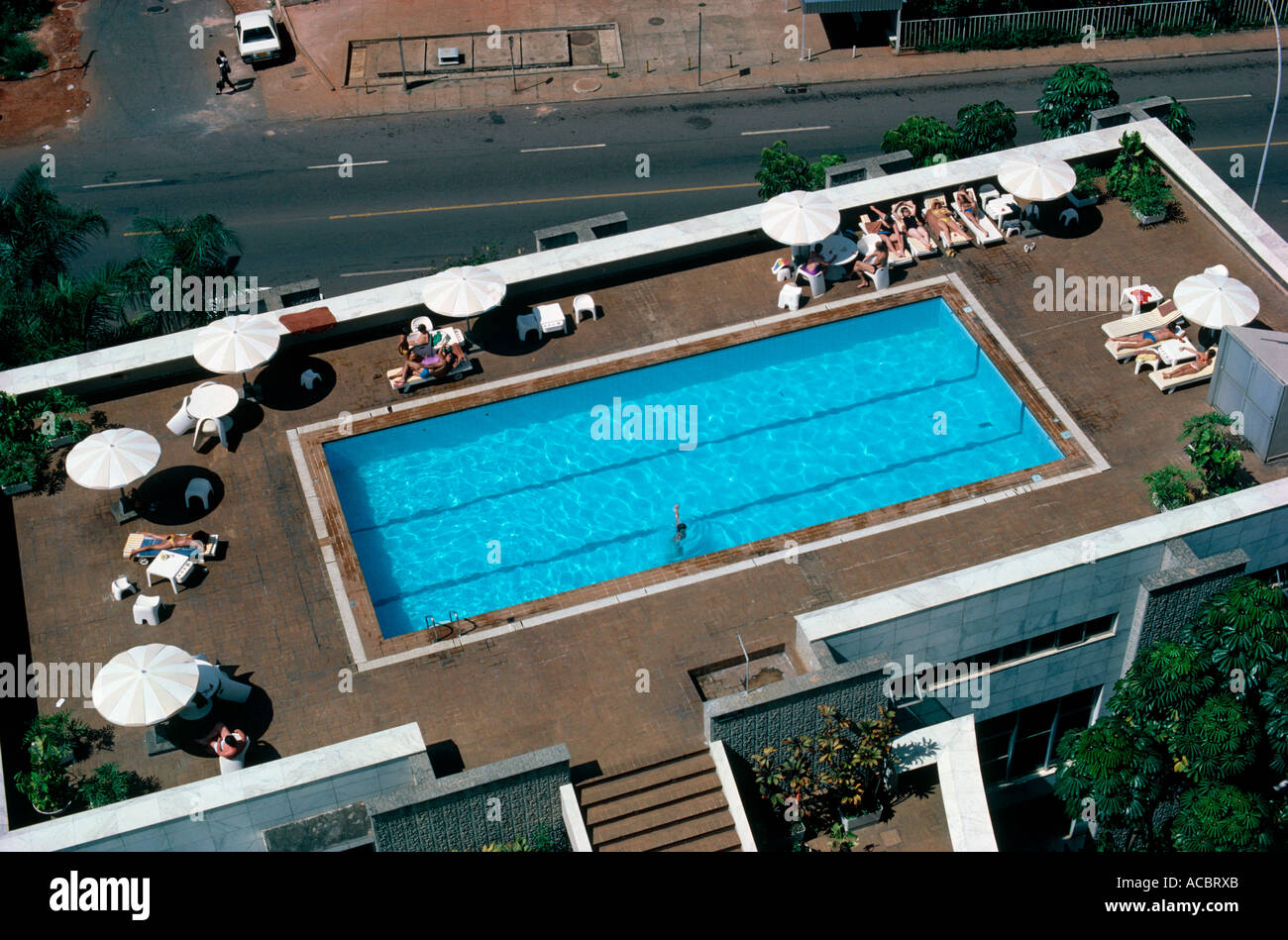 swimmingpool on roof of hotel carlton city of brasilia state of goias brazil editorial use only - Stock Image