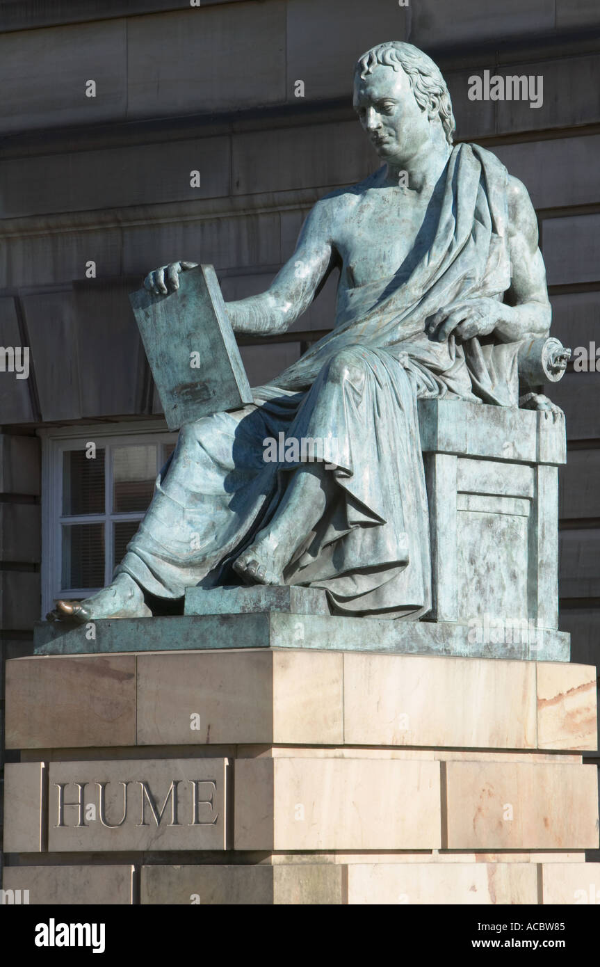 David Hume statue, Royal Mile, Edinburgh, Scotland. - Stock Image