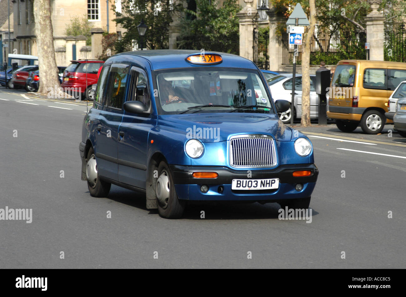Traditional London taxi hackney cab in St Giles street Oxford England - Stock Image
