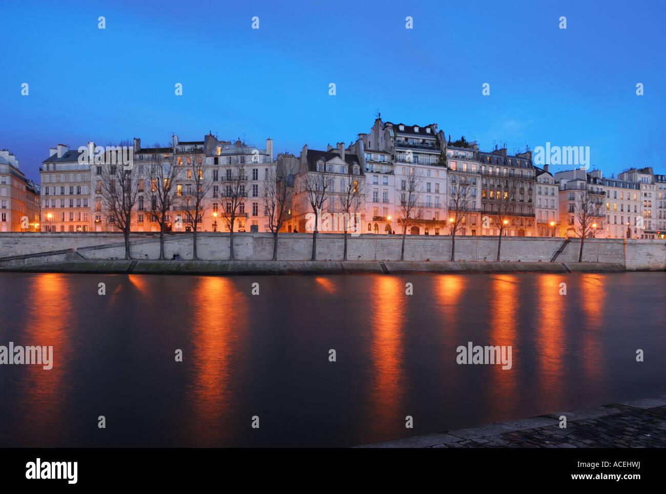 Saint-Louis Island housings at the blue Hour, Paris, France - Stock Image