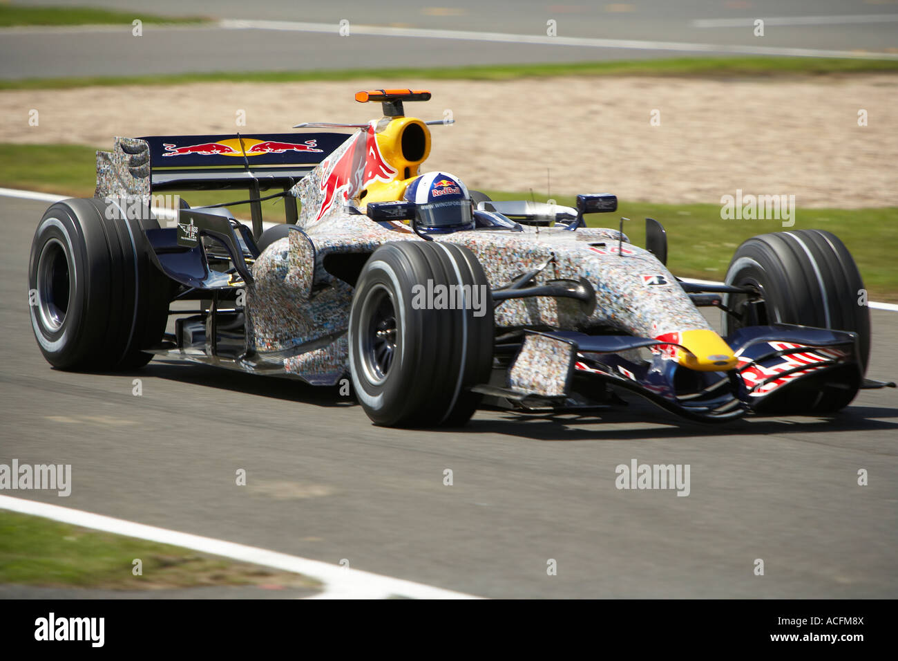 david coulthard driving his red bull racing forumla one car at the stock photo 13143529 alamy. Black Bedroom Furniture Sets. Home Design Ideas