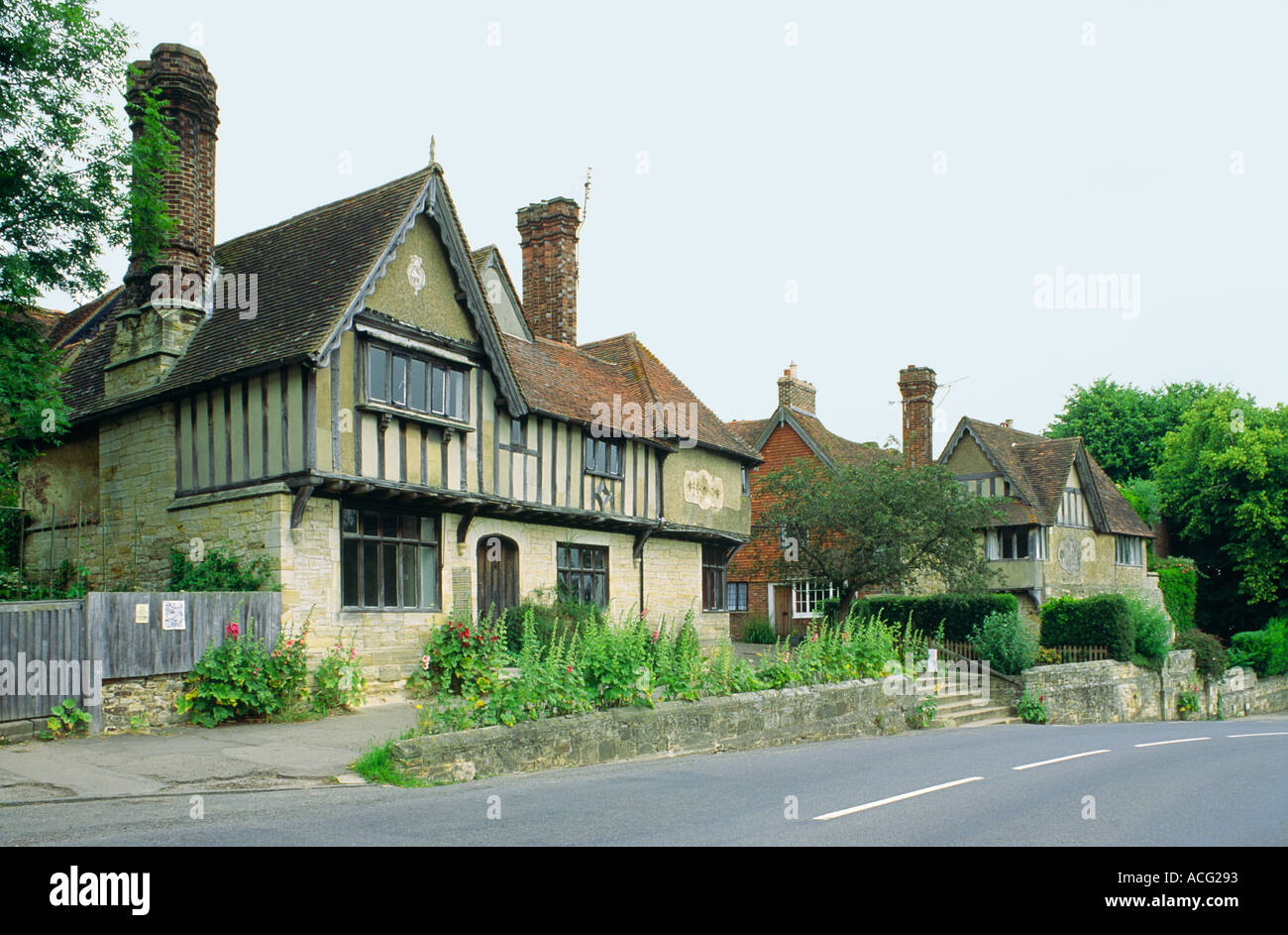 Traditional English Cottage Houses In The Village Of Penshurst Kent Southeast England UK