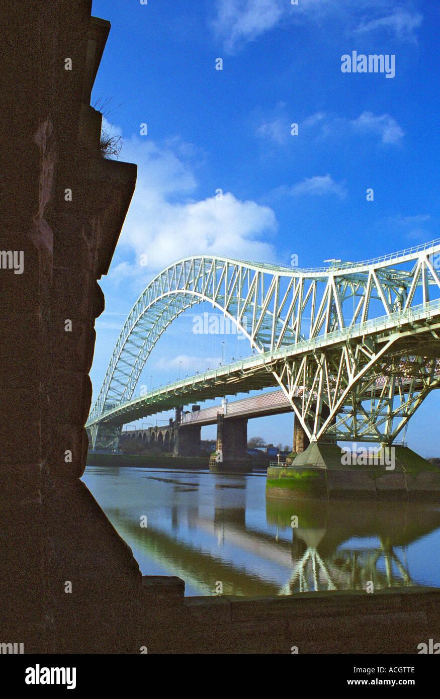 Runcorn-Widnes Road Bridge (The Silver Jubilee Bridge) from  Widnes West bank, England Feb 2006 - Stock Image