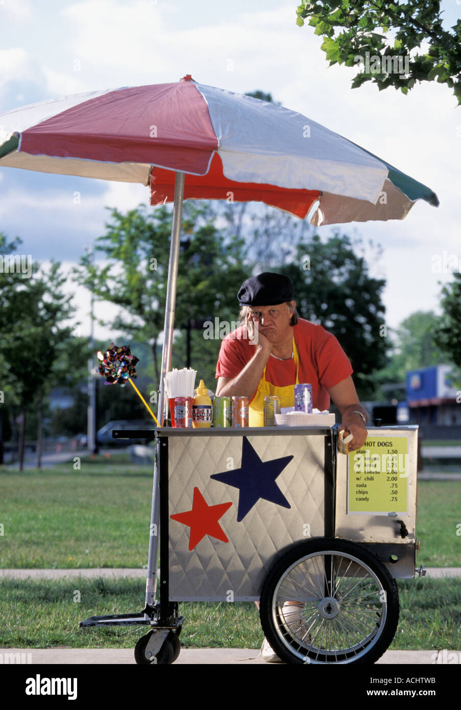Hot dog vendor without customers - Stock Image