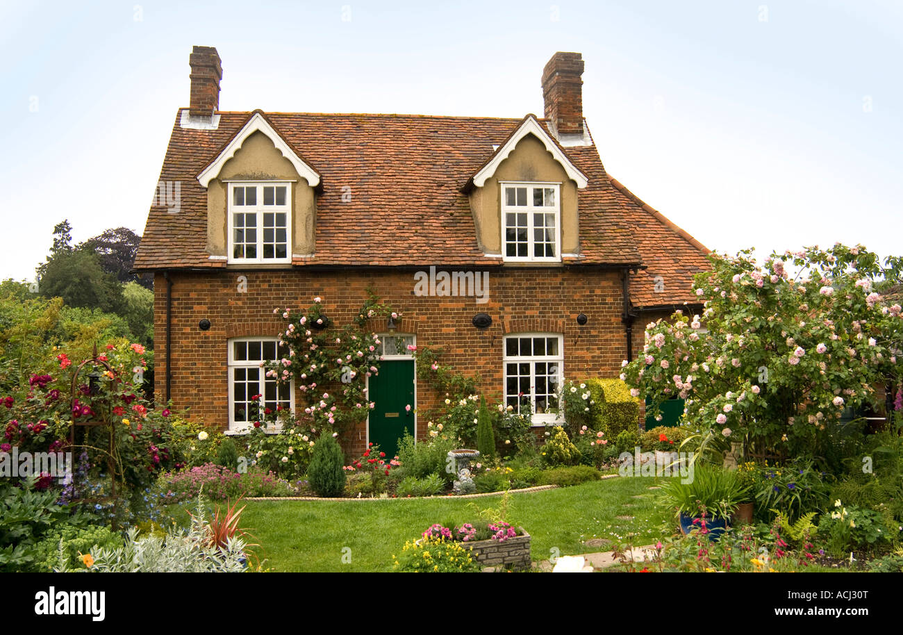 English Country Cottage 1 - Stock Image