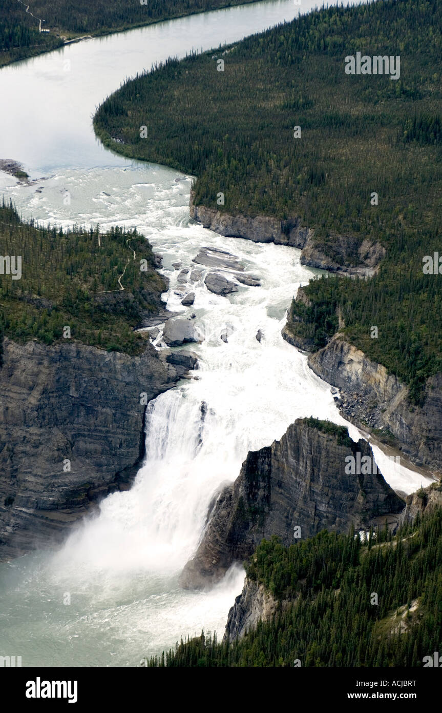 chaussures de sport 0411d 8d055 Virginia Falls Nahanni National Park Reserve Northwest ...