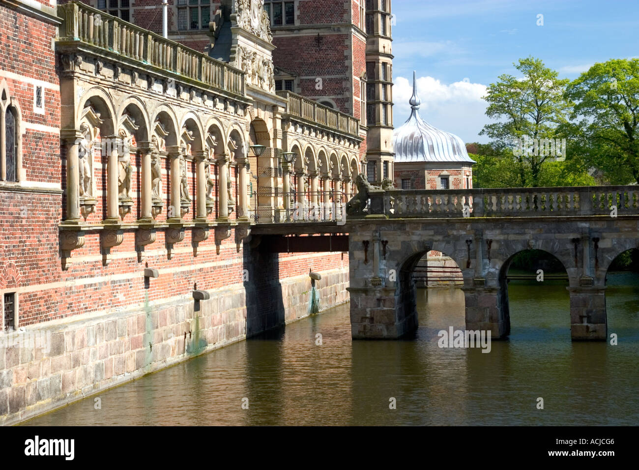 Entrance over the moat to Fredriksborg Slot Hillerød Denmark - Stock Image