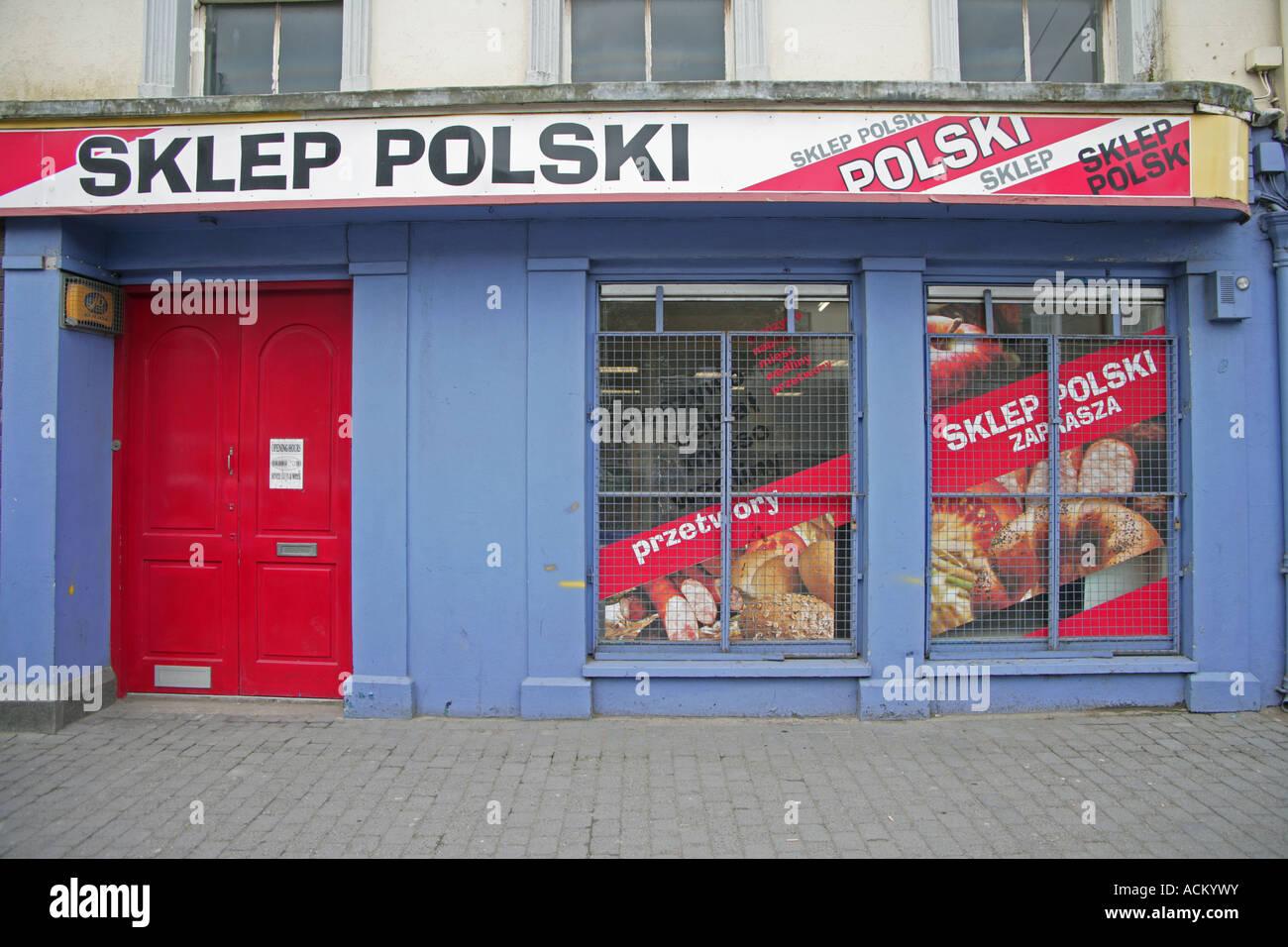 8321e16f21312 Polish grocery store Main Street Ardee County Louth Ireland - Stock Image