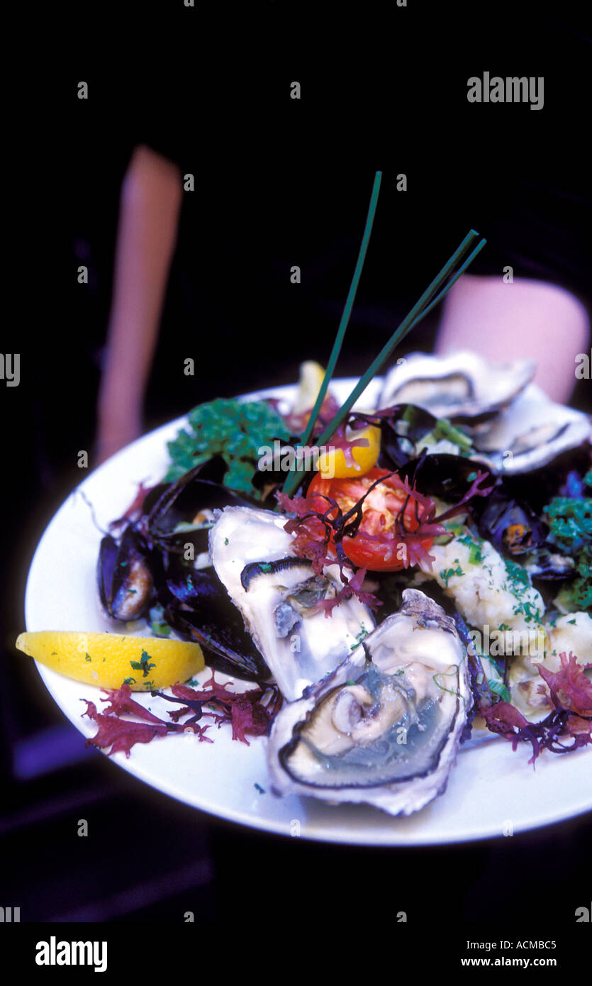 Scotland Glasgow Plate of Oysters at the Arisaig a trendy restaurant serving modern Scottish cuisine - Stock Image