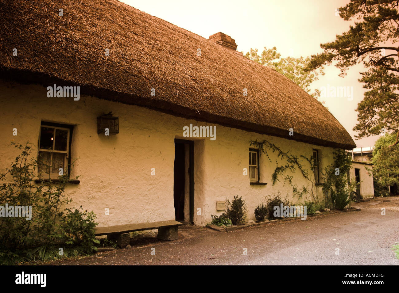 The Shannon Farmhouse reconstructed at Bunratty Folk Park Co Clare Ireland - Stock Image