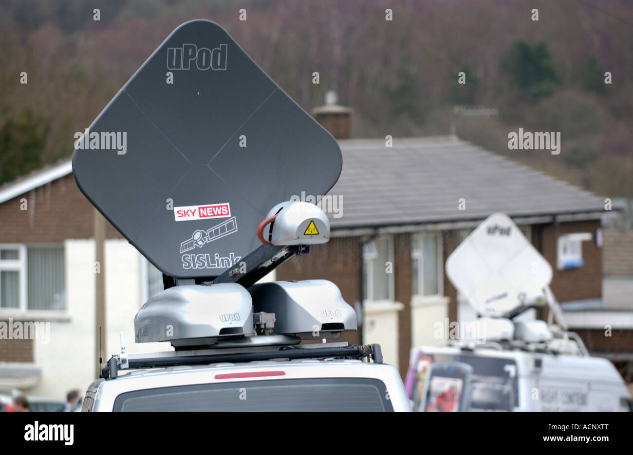 Tv News Van Stock Photos & Tv News Van Stock Images - Alamy