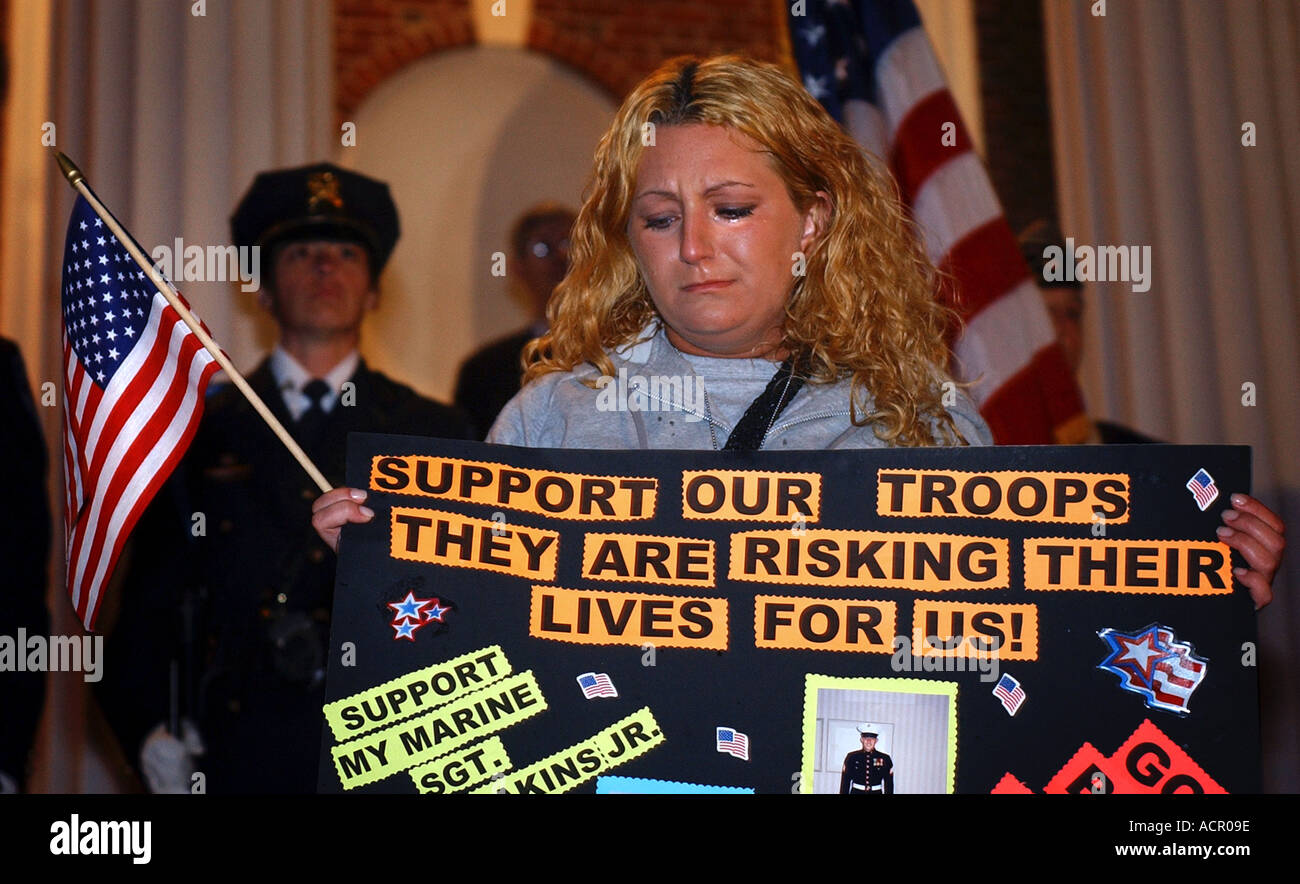 Support the Troops rally in Connecticut USA during the Iraq war - Stock Image