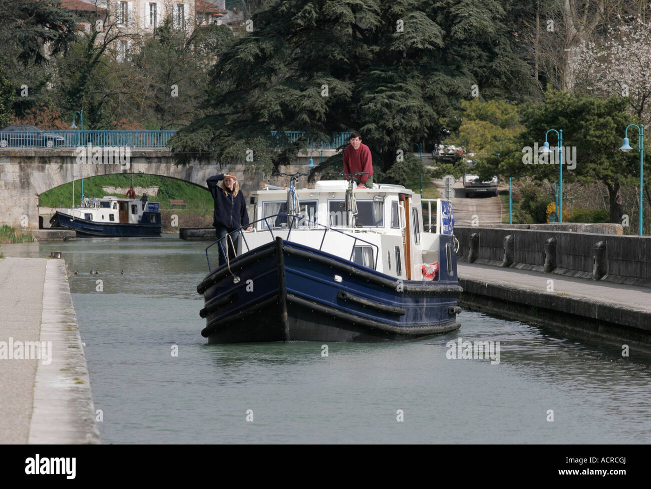 Boating holiday on the Lateral Canal Bridge over the Garonne at Agen in South West France - Stock Image