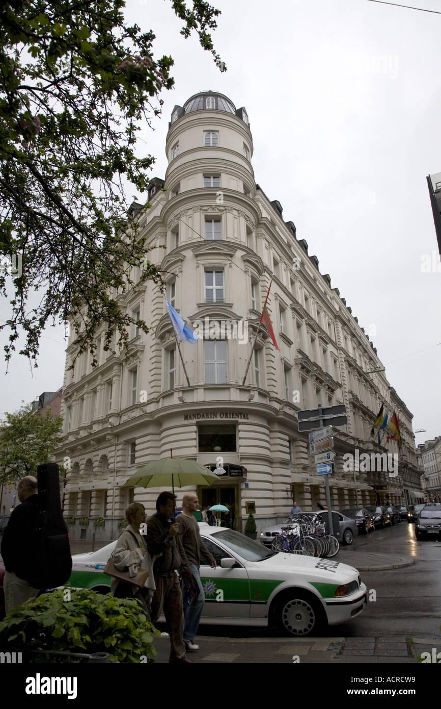 photos officielles 1eb19 658b1 Mandarin Oriental Hotel, Munich, Germany Stock Photo ...