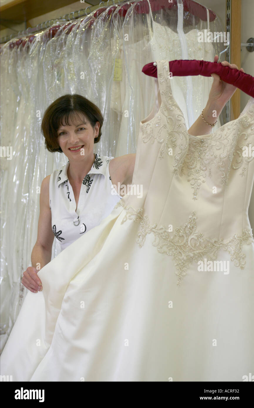 Designer Wedding Dress Stock Photos & Designer Wedding Dress Stock ...