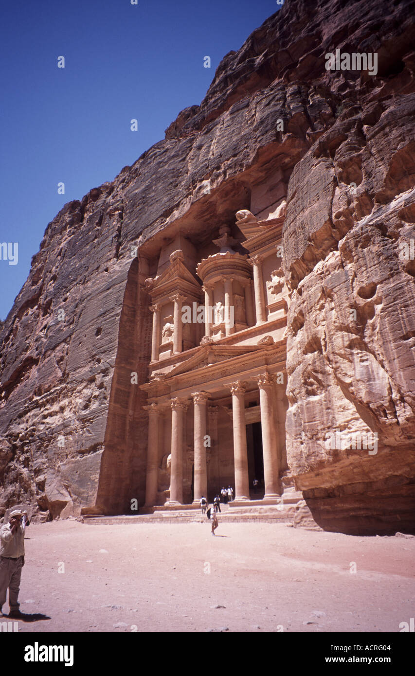 The Treasury Petra s best preserved building, which was used in Indiana  Jones and the Last Crusade - Stock Image
