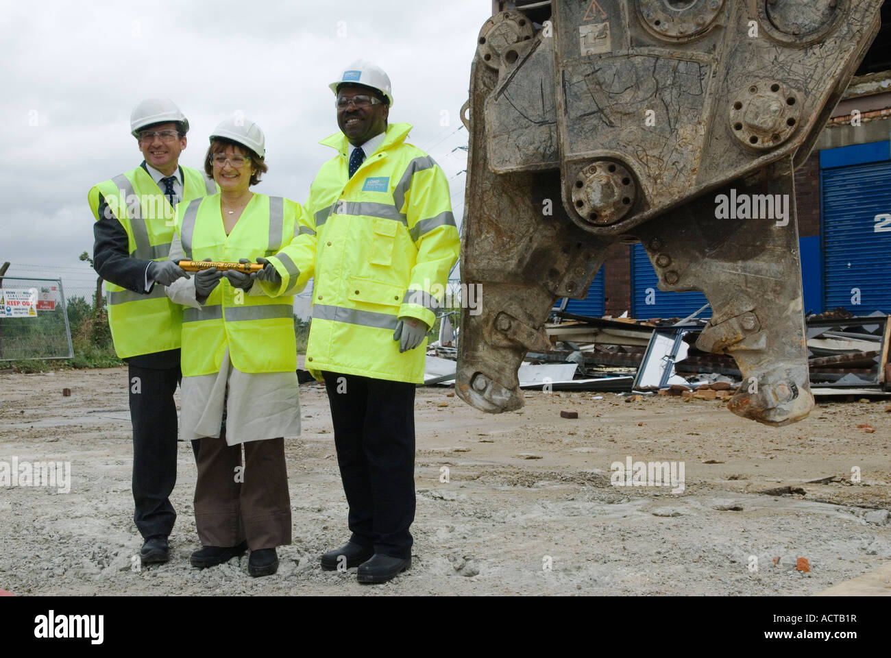 Lord Seb Sebastian Coe and the Minister for the Olympics Tessa Jowell Manny Lewis 2007 - Stock Image