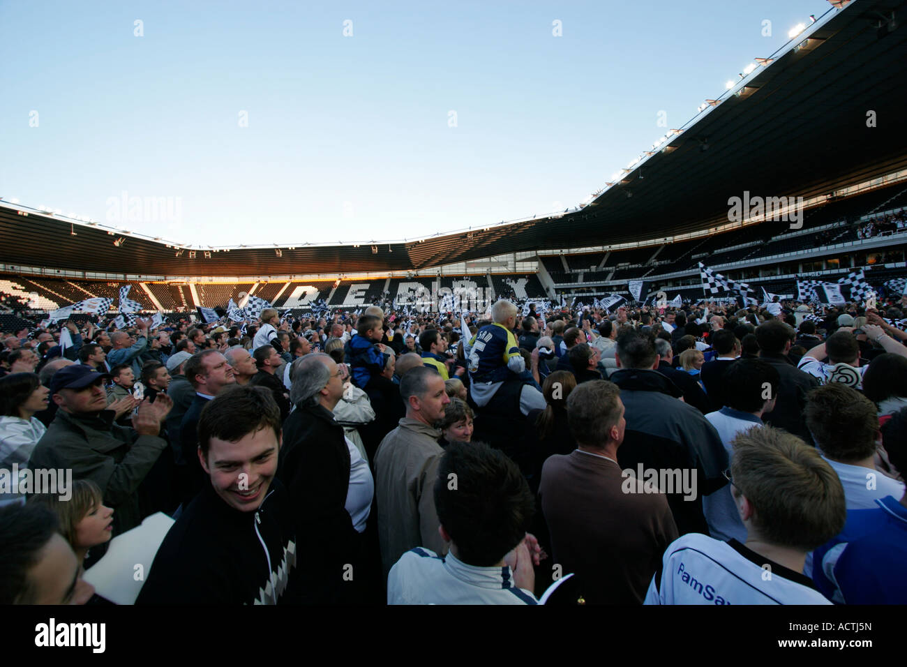 Celebrations at Pride Park Stadium, 2007 - Derby County entering the English Premiership League. - Stock Image