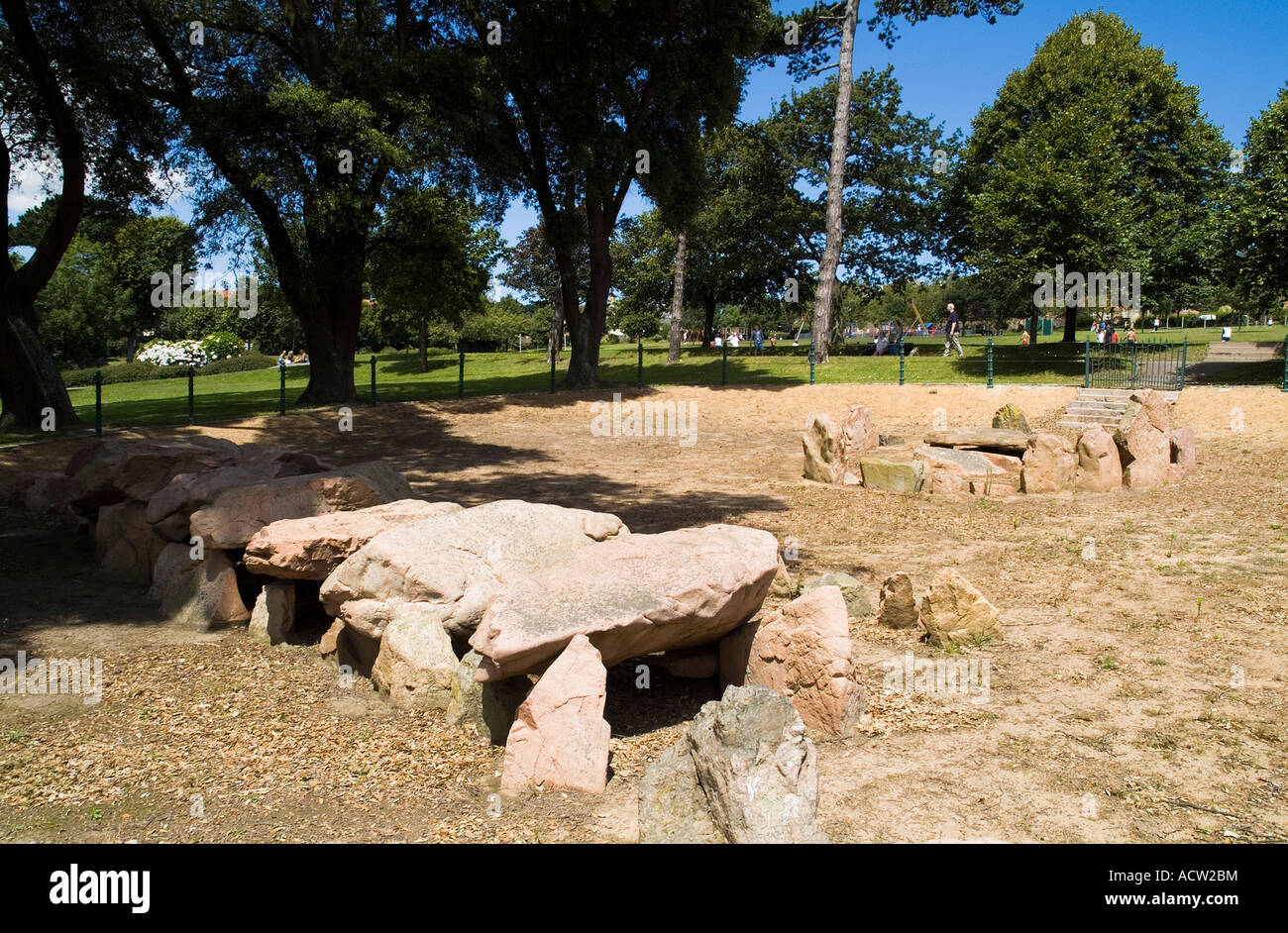 dh First Tower ST HELIER JERSEY neolithic gallery grave cist grave ...