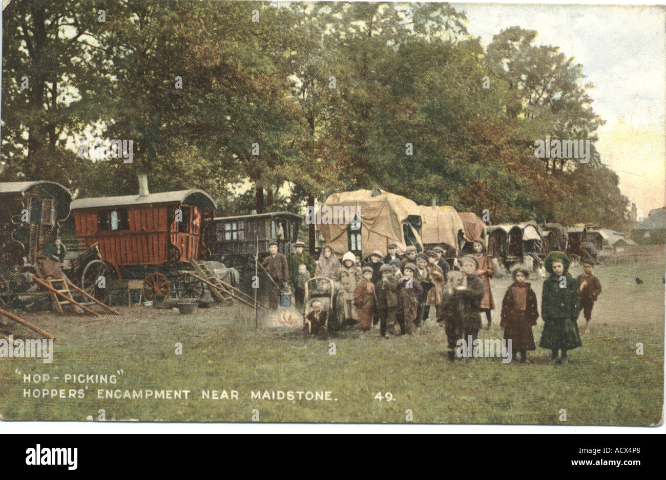 Postcard of 'Hoppers encampment near Maidstone' Kent circa 1910 - Stock Image