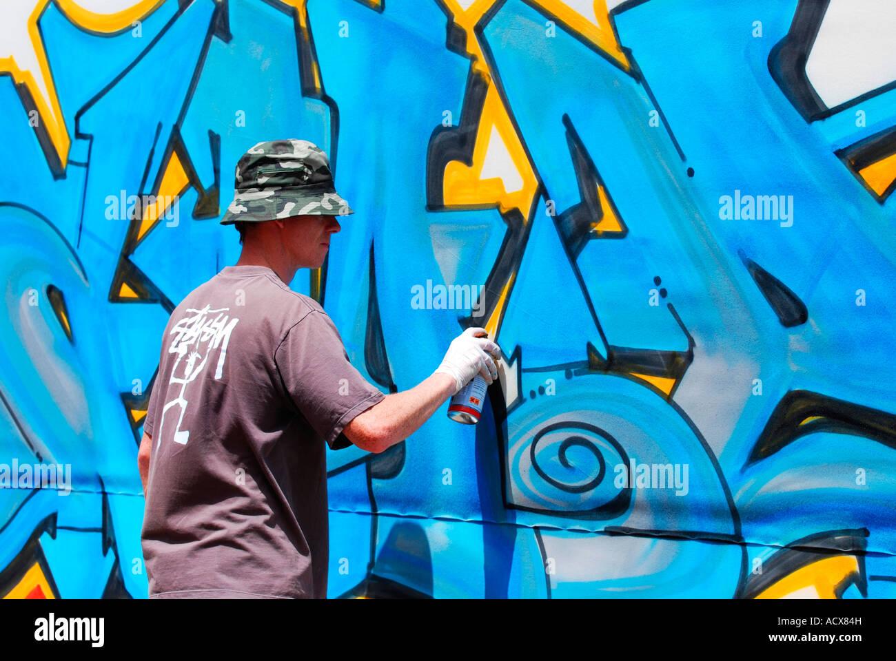 Spray Paint Graffiti Artist
