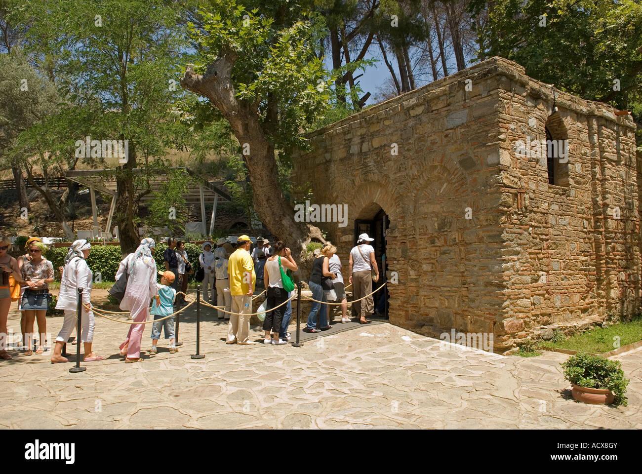 Tourists in pilgrimage to House of St. Mary, Meryem Ana Evi, Izmir Turkey. - Stock Image