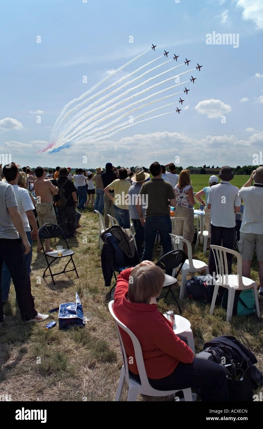 Crowds Watching the Red Arrows Display Team, Biggin Hill Airshow 8 July 2007. - Stock Image