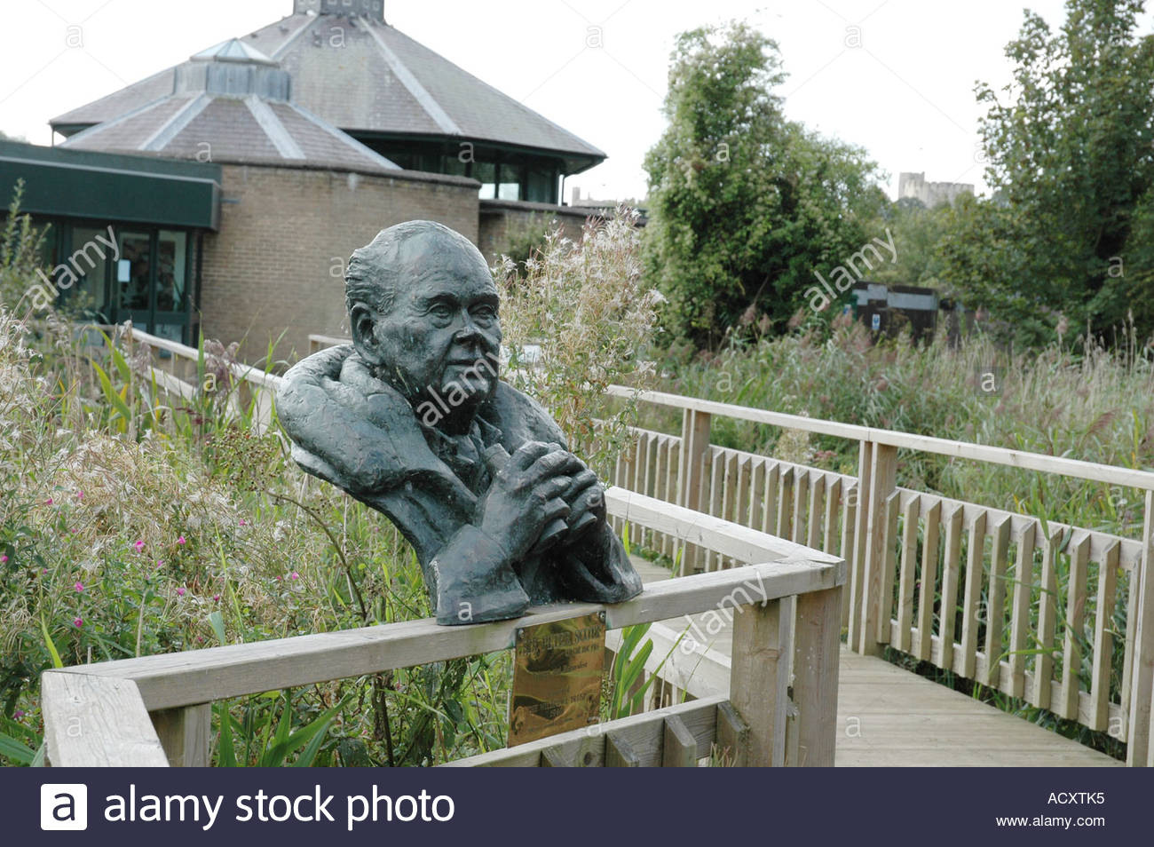 Entrance to Arundel Wildfowl and Wetlands Trust, bust of Sir Peter Scott, Arundel, West Sussex. Stock Photo