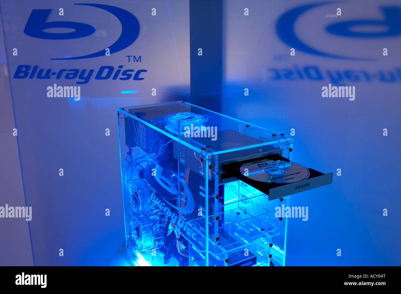 Internationals Radio And Television Exhibition 2006 - computer with Blu-ray Disc, Berlin, Germany - Stock Image