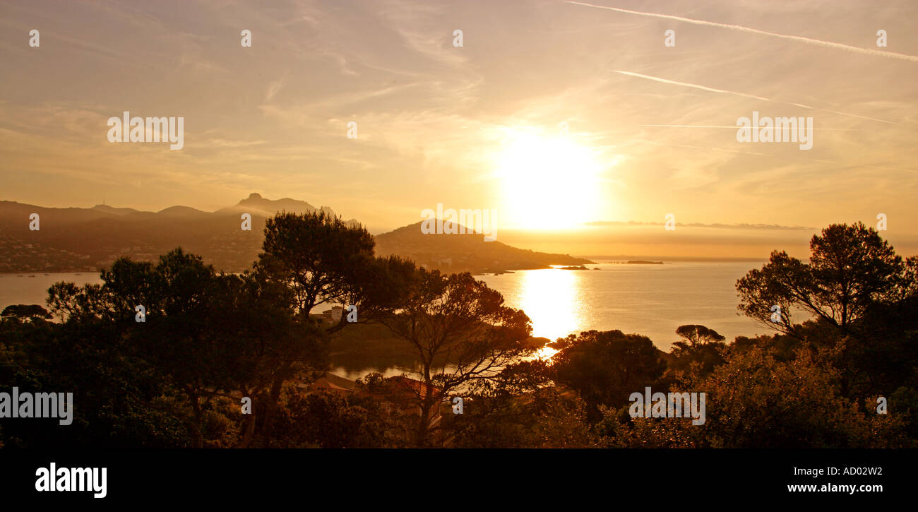 Sunrise Over the Bay of Agay Near St Raphael, South of France - Stock Image