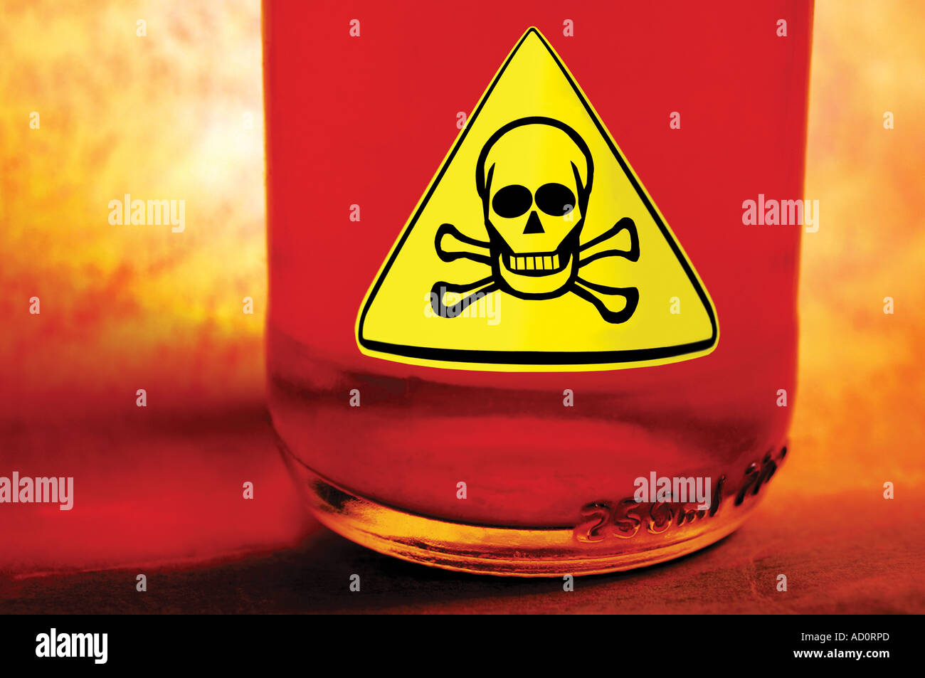 scull crossbones poison danger warning symbol - Stock Image
