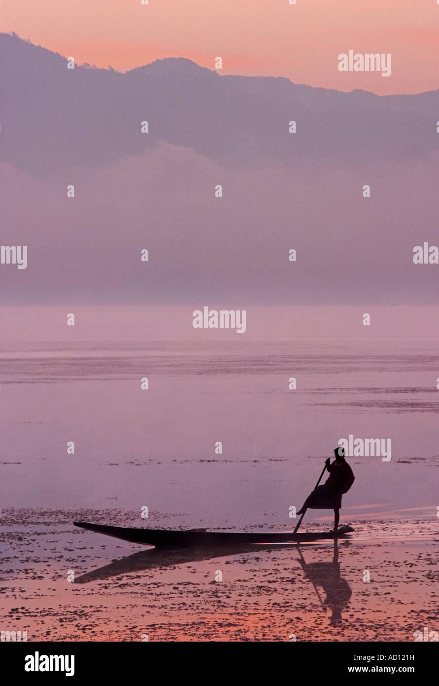 Man fishing at sunrise, Lake Inle, Myanmar (Burma) - Stock Image