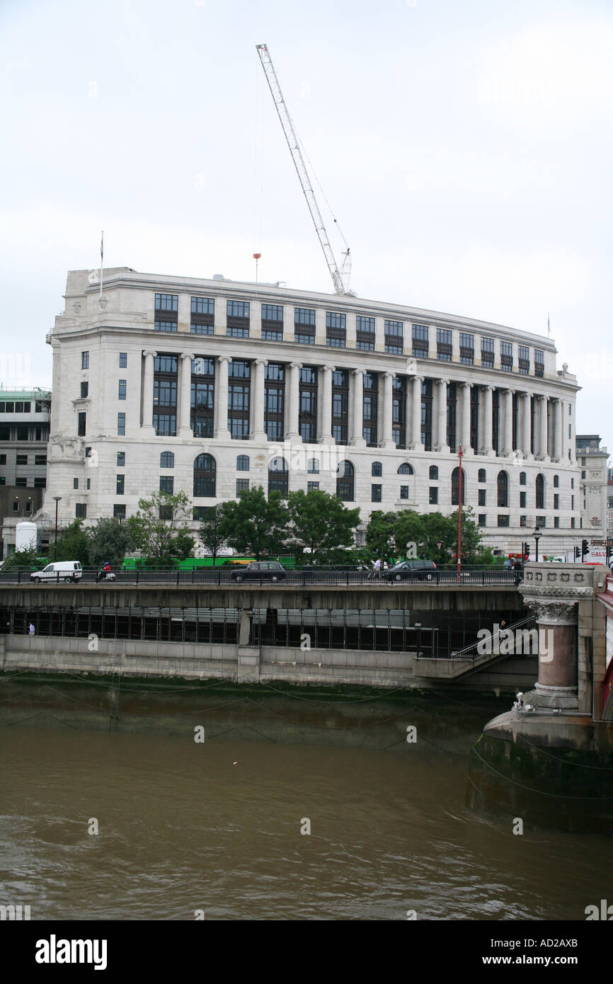 Unilever Building, London England - Stock Image