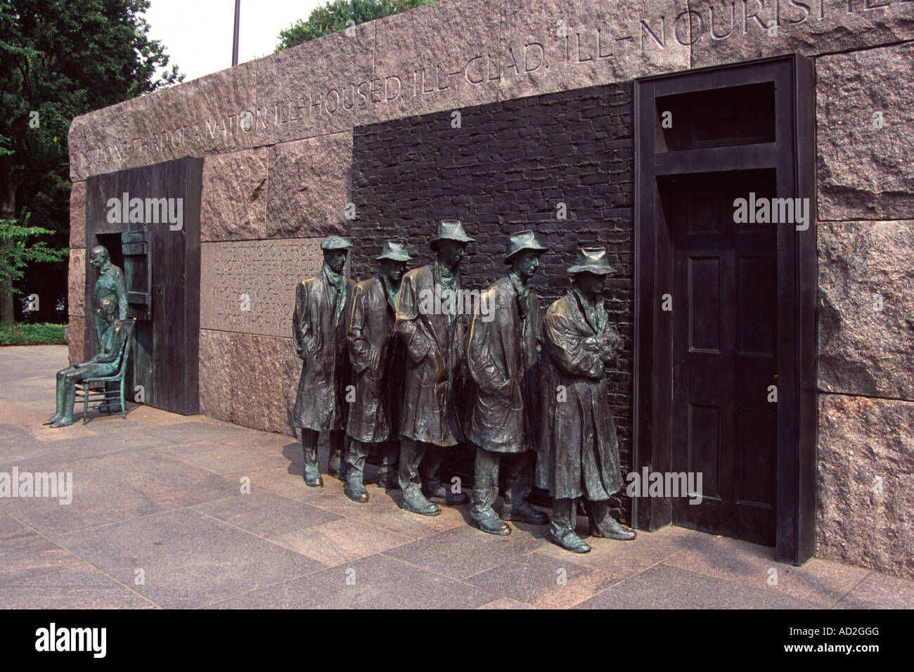 Franklin Delano Roosevelt Memorial, Statue of Great Depression bread line, Washington, DC, USA - Stock Image