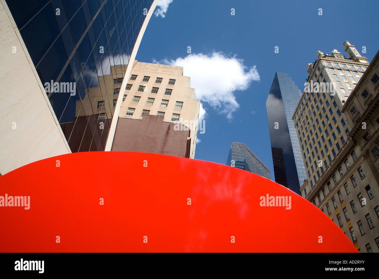 Ivan Chermayeff s Red 9 sculpture Nine West 57th Street Midtown Manhattan New York City New York USA Stock Photo