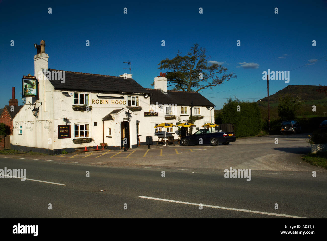 The Robin Hood Public House Buglawton Nr Congleton Cheshire UK - Stock Image