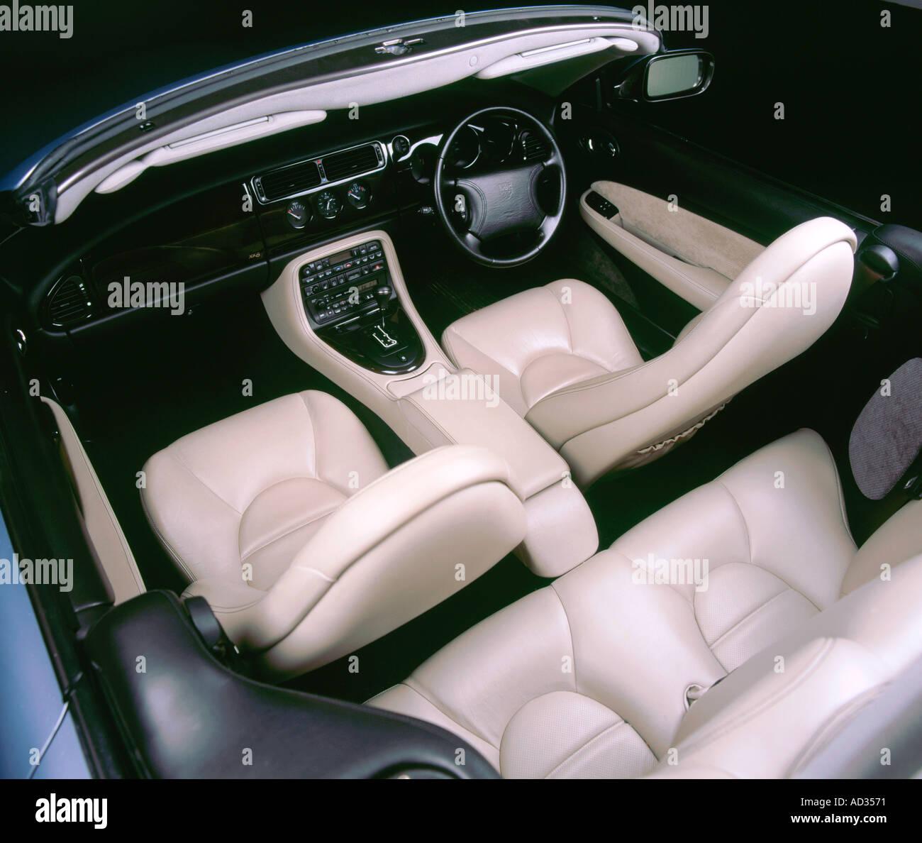 1997 Jaguar XK8 convertible interior - Stock Image