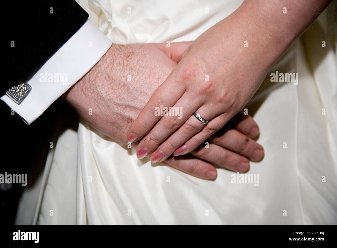 Wedding couple bride and groom holding hands ring and fingers male ...