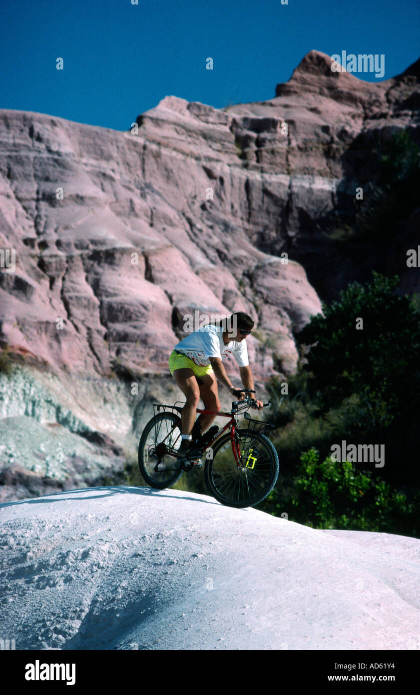Andi Davis mountain biking in the Circe Rouge Madagascar - Stock Image