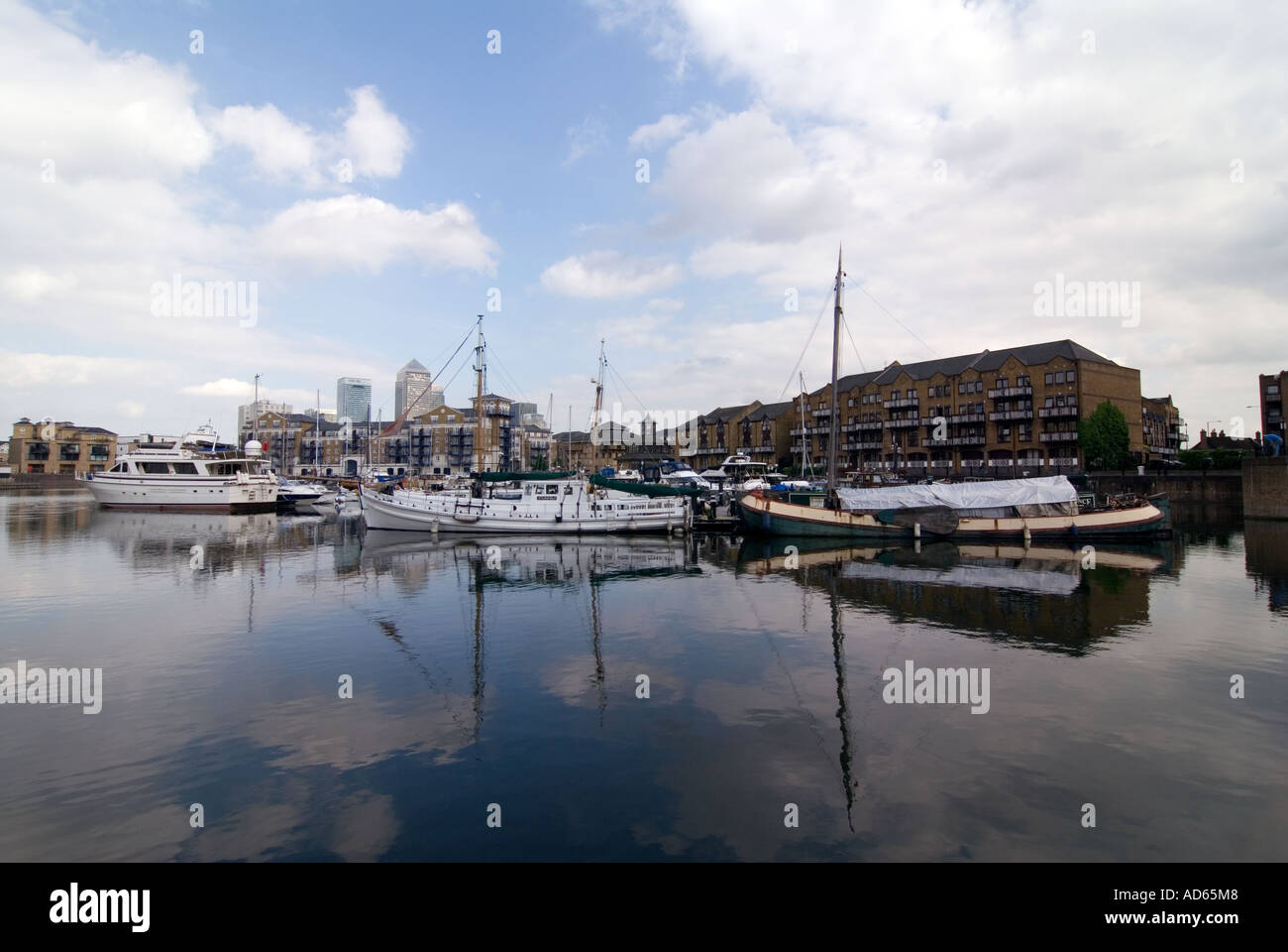 PICTURE CREDIT Doug Blane Limehouse canal basin in London Stock Photo