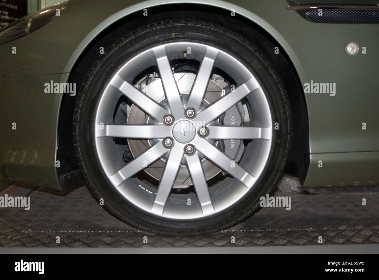 Close up shot of the wheel on an Astin Martin DB9 - Stock Image
