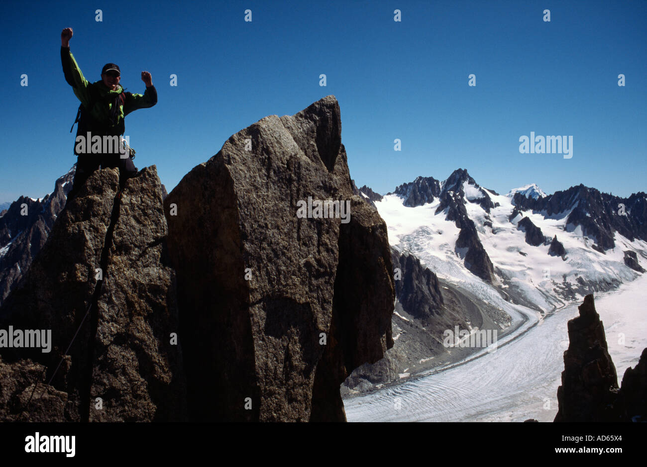 PICTURE CREDIT DOUG BLANE Richard Boud Mountaineering in Chamonix France - Stock Image