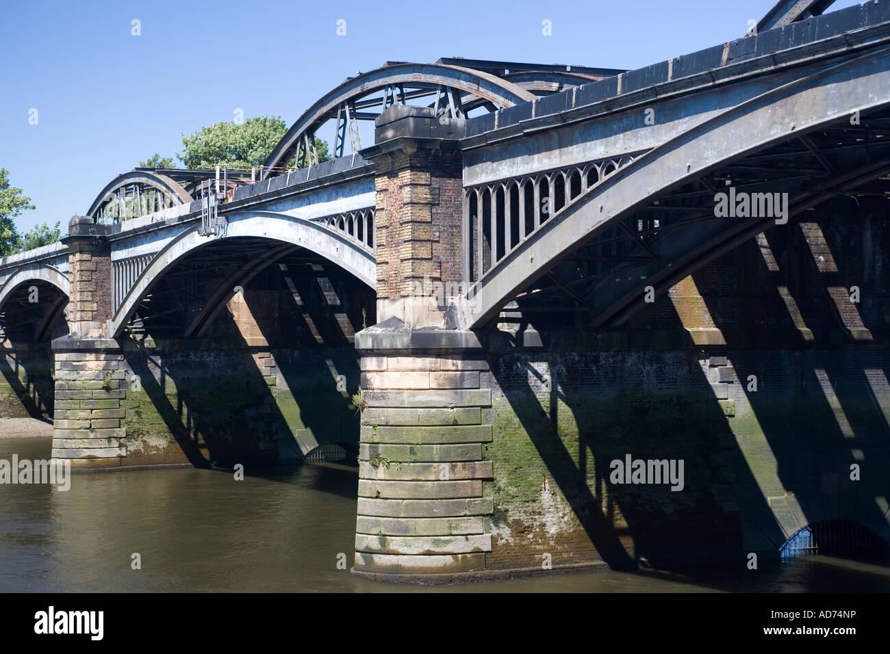 Barnes Bridge River Thames London Stock Photo