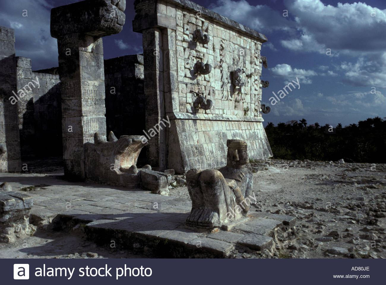 MEXICO Yucatan State, Chichen Itza, post-classic  Maya culture :the' Chacmol' in the Temple of the Warriors; 1000-1200 A.E. - Stock Image