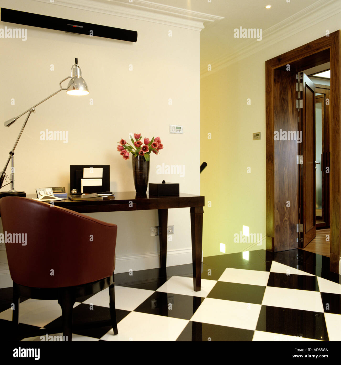 Entrance Hall With White Furniture Stock Photos & Entrance Hall With ...