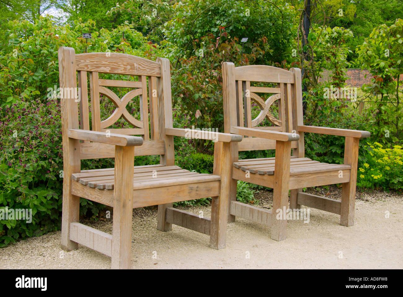 Alnwick Garden Stock Photos & Alnwick Garden Stock Images - Page 2 ...